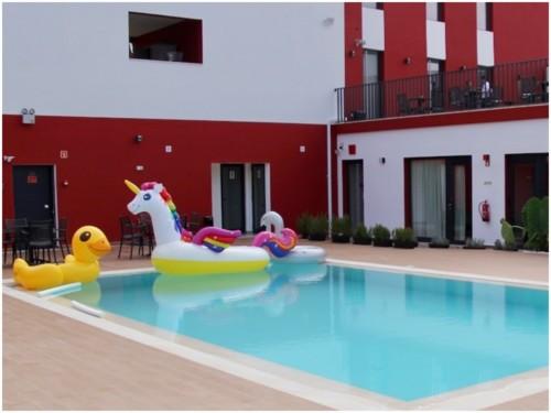 Hotel Villa 3 Caparica.jpg