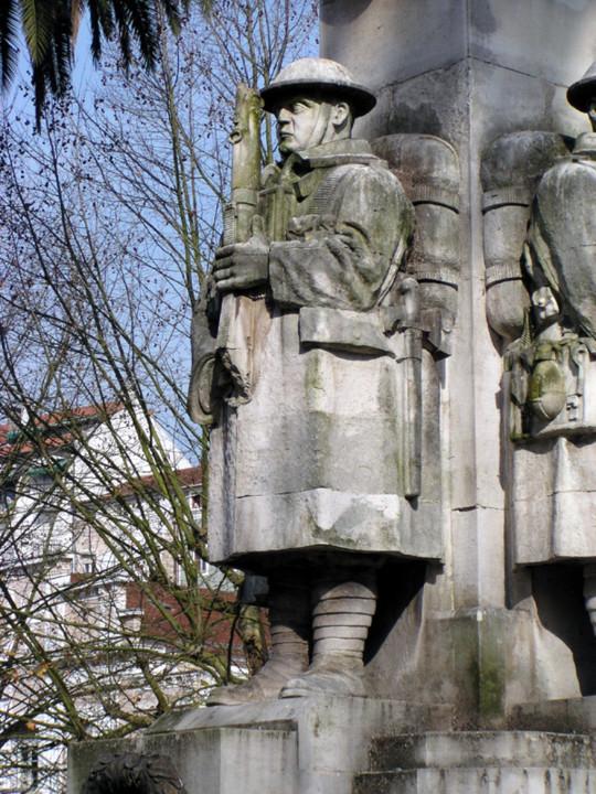 Monumento aos Mortos da Grande Guerra. Pormenor [F