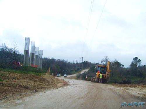 Construção da A17 sobre o rio Mondego em 2007 (1) [en] Construction of the highway A17 over the River Mondego in 2007