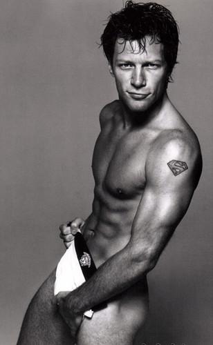 Homens nus: Jon Bon Jovi Nu
