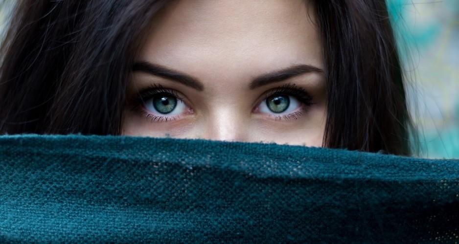 FaceSemiTapada.jpg