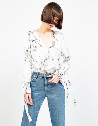 Bershka-camisas-blusas-5.jpg