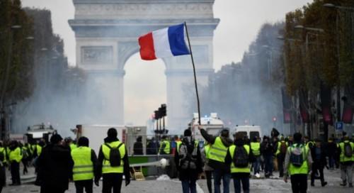 France-«-Gilets-jaunes-».jpg