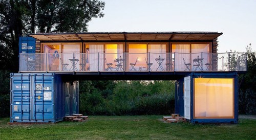 artikul-architects-shipping-container-hotel-czech-