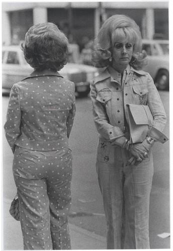 Texans on Fifth Avenue - 1975 Louis Stettner.jpg
