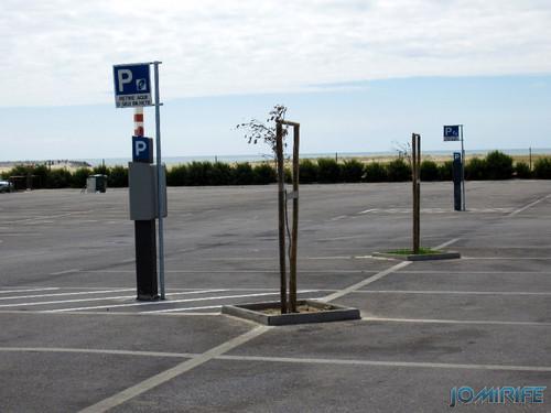 Figueira da Foz: Estacionamento de Carros no Parque das Gaivotas é pago (5) Parquiímetro [en] Car parking in Seagull Park is paid in Figueira da Foz, Portugal