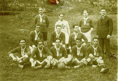 A primeira equipa do Lusitânia (1922)...