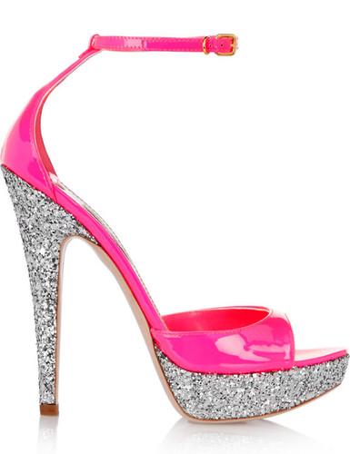Resultado de imagem para Salto Alto rosa barbie