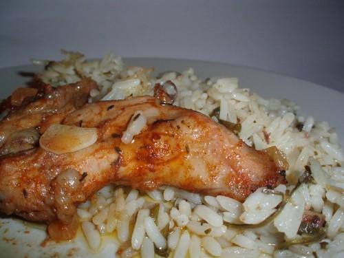 Coelho frito com arroz de coentros