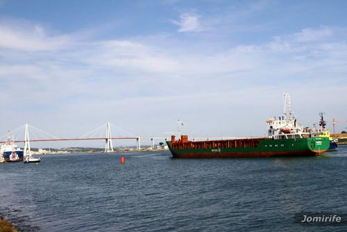 Navio comercial «Coimbra» no porto FigFoz (4)
