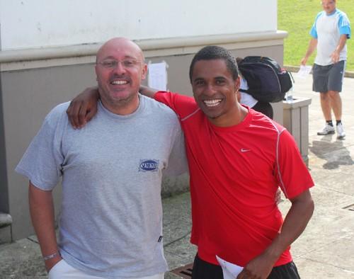 Com o meu amigo e grande campeão Paulo Massinga...