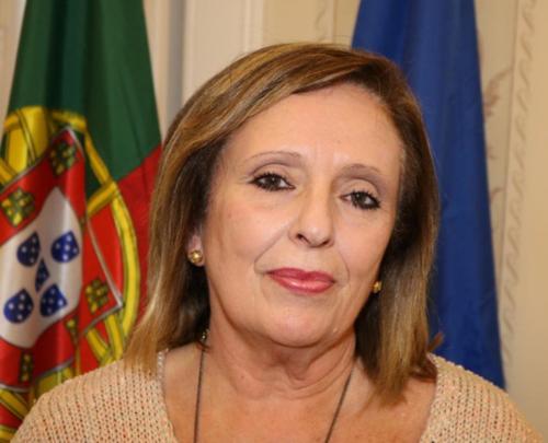 LUCÍLIA GAGO.png