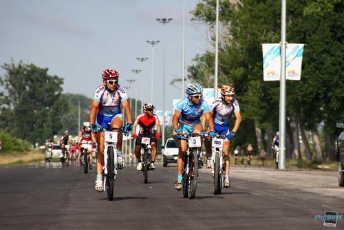 BTT Coimbra XCM 2012 Montemor 021 Atletas na recta