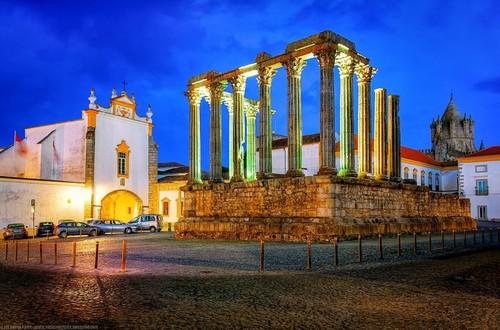 os-melhores-lugares-para-visitar-em-portugal-templ