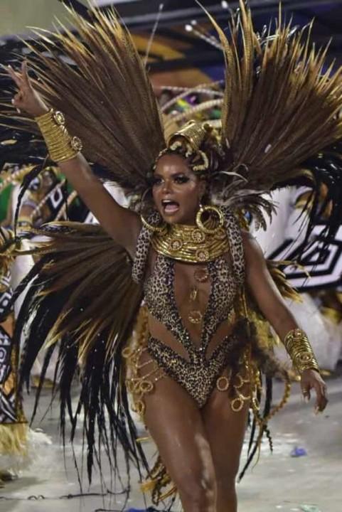 Adriana Bombom (Carnaval Rio 2020).jpg