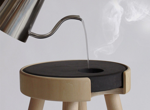 bouillon-warm-stool-ambiente-designboomnews.jpg