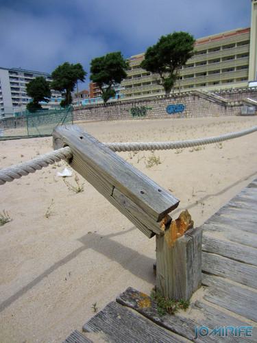 Vandalismo na Figueira da Foz de Passadeira de madeira da praia (2) [EN] Vandalism in Figueira da Foz of Wood walkway to the beach