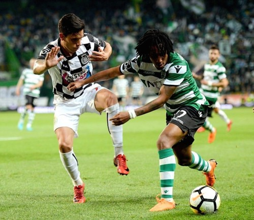 lisbon-april-23-2018-gelson-martins-r-of-sporting-
