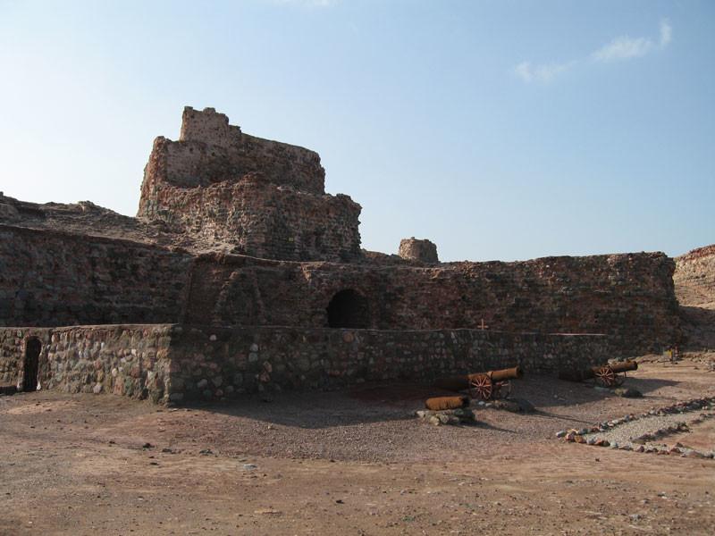 Portuguese_Castle_(Hormuz).jpg