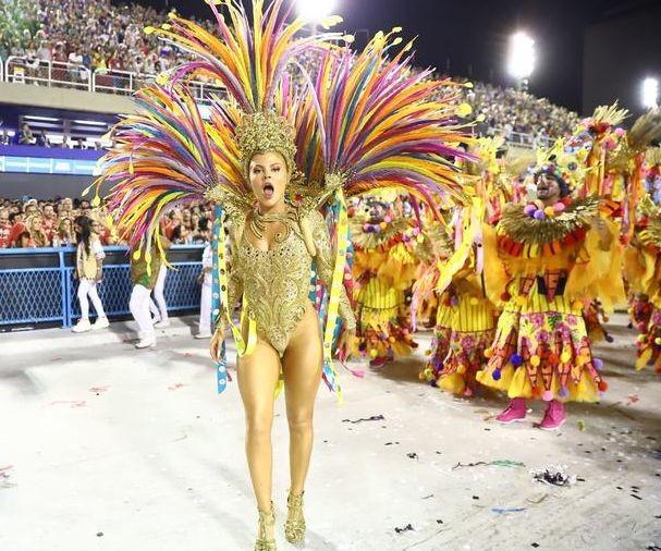 Luísa Sonza 2 (Carnaval Rio 2020).jpg