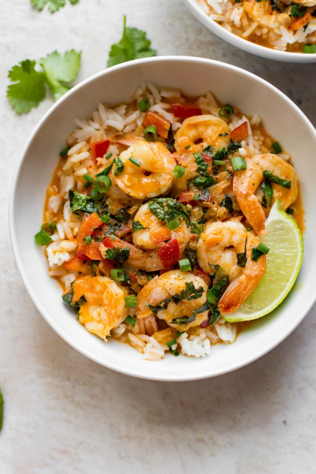 thai-shrimp-curry-recipe-2-720x1080@2x.jpg