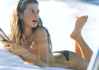 Maryeva Oliveira 5.jpg