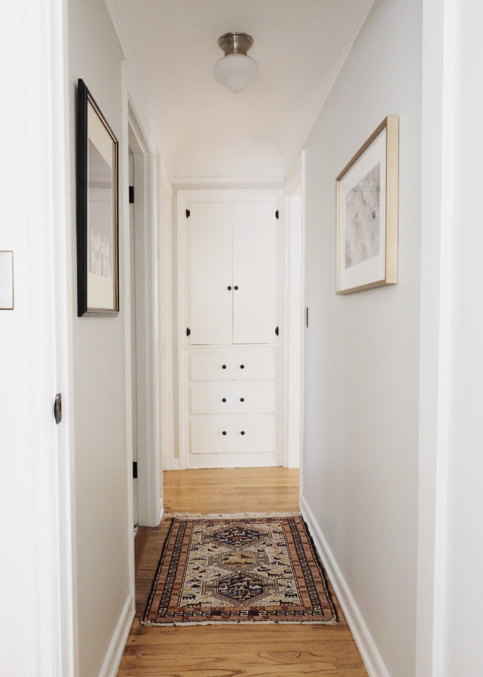 our-hallway-makeover-starting-with-art--714x1000.j