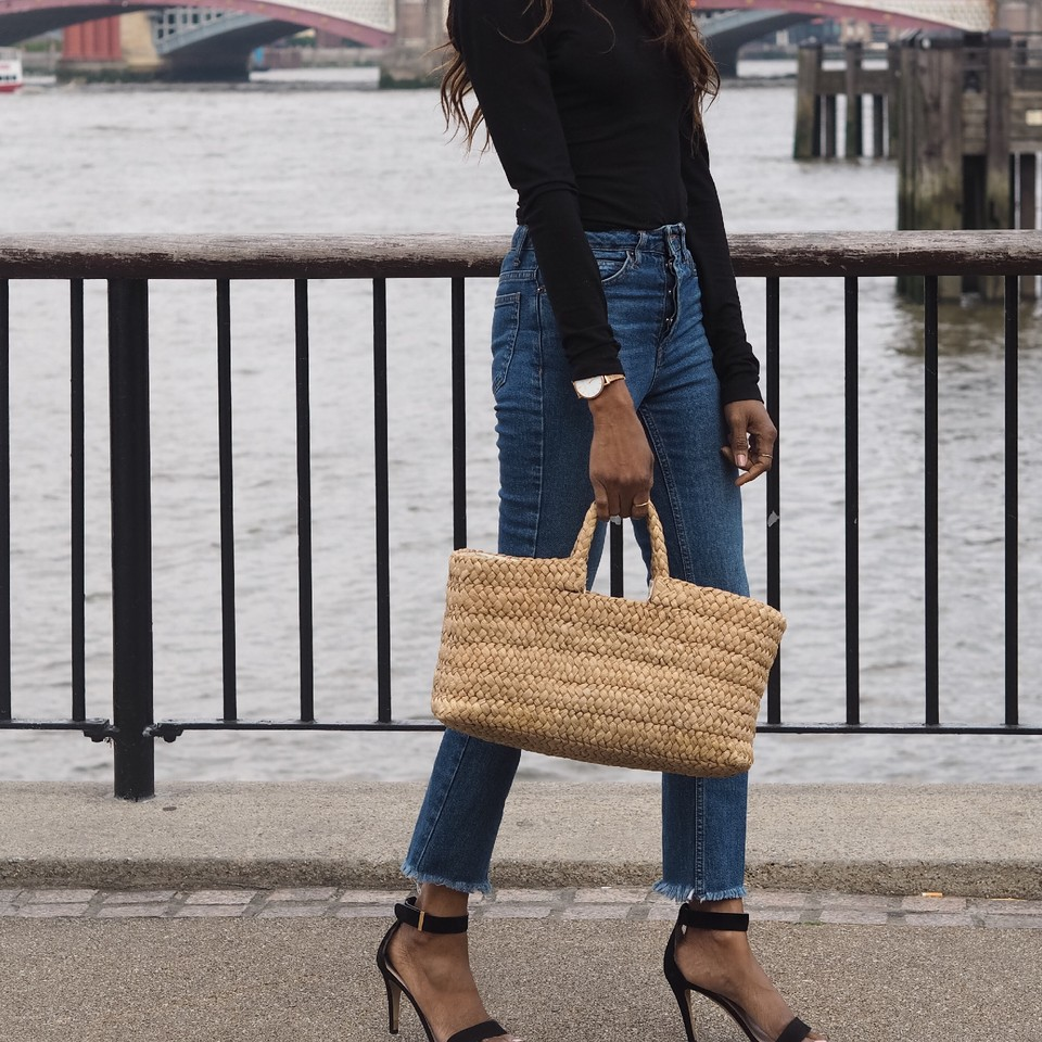 Streetstyle-raffia-bag-jane-birkin-style.jpg