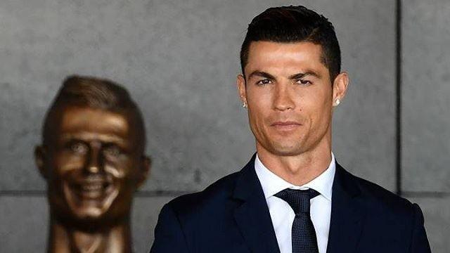 O Busto de Cristiano Ronaldo