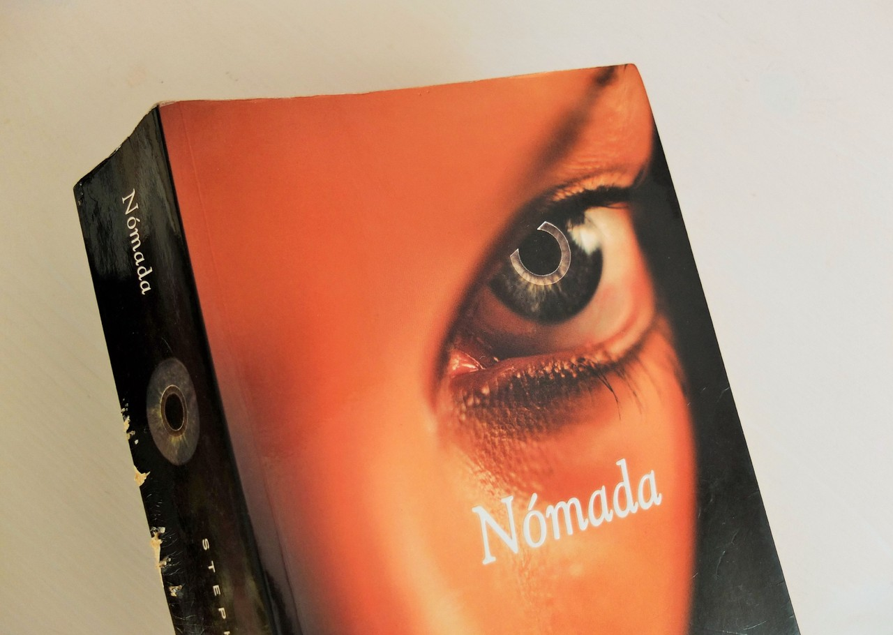 «Nómada» de Stephenie Meyer.JPG