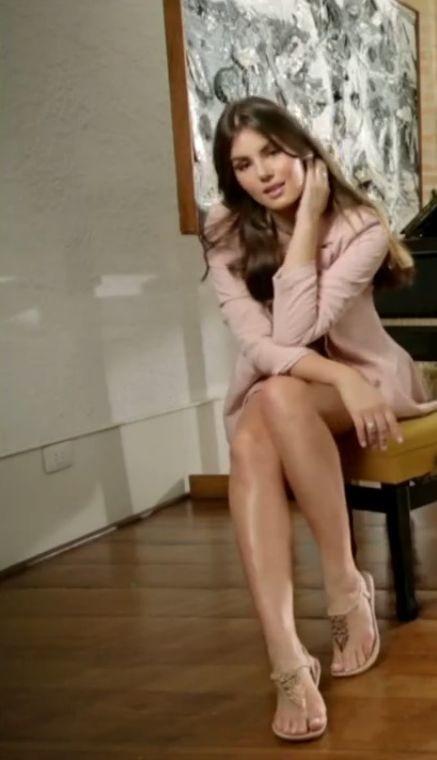 Camila Queiroz 38.jpg