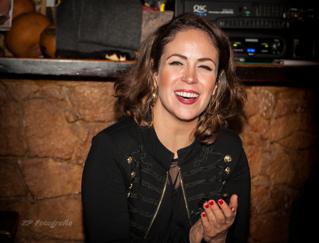 Joana Amendoeira na Taverna dos Trovadores (004)