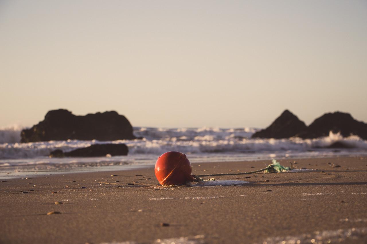 red balls rock