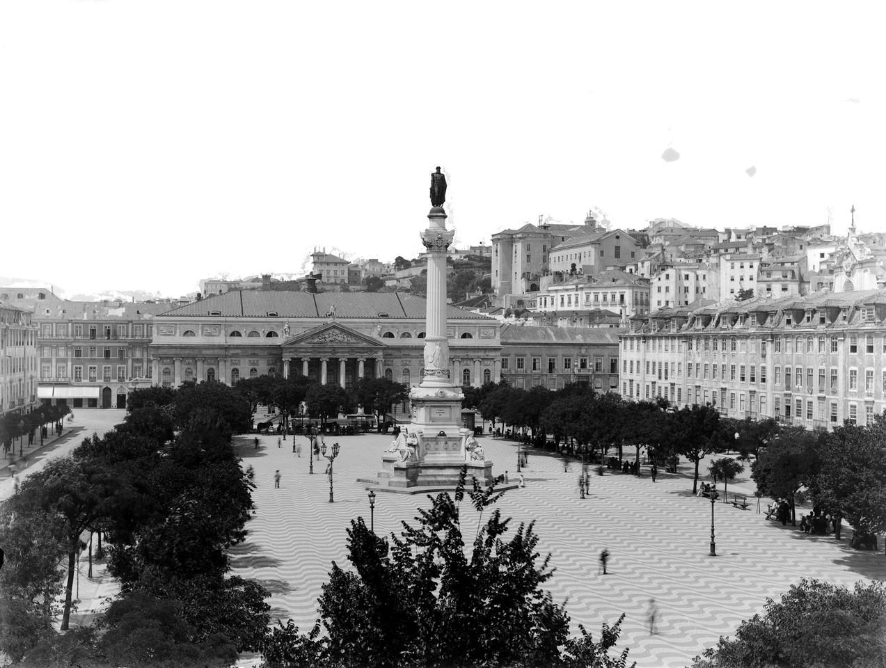 Estátua de Dom Pedro IV, post. 1880, foto de Lega