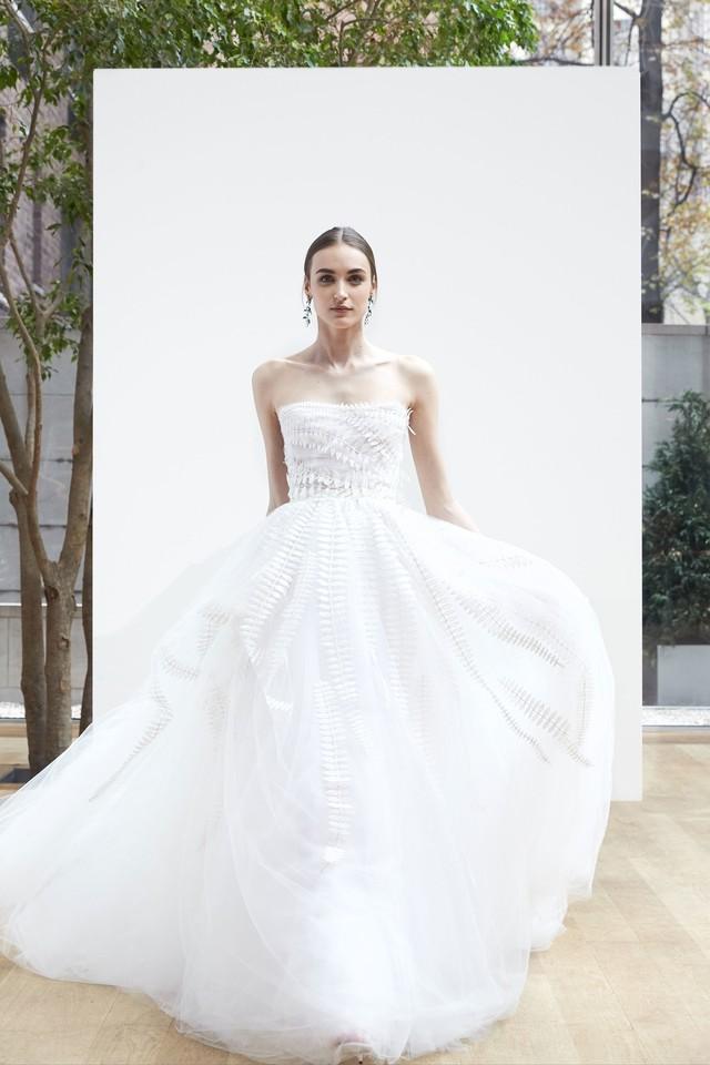 16-oscar-de-la-renta-bridal-2018.jpg