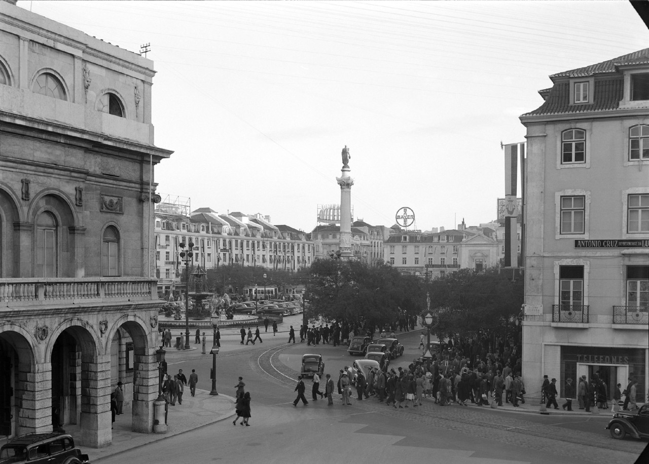 Rossio, Lisboa (H. Novaes, c. 1947)