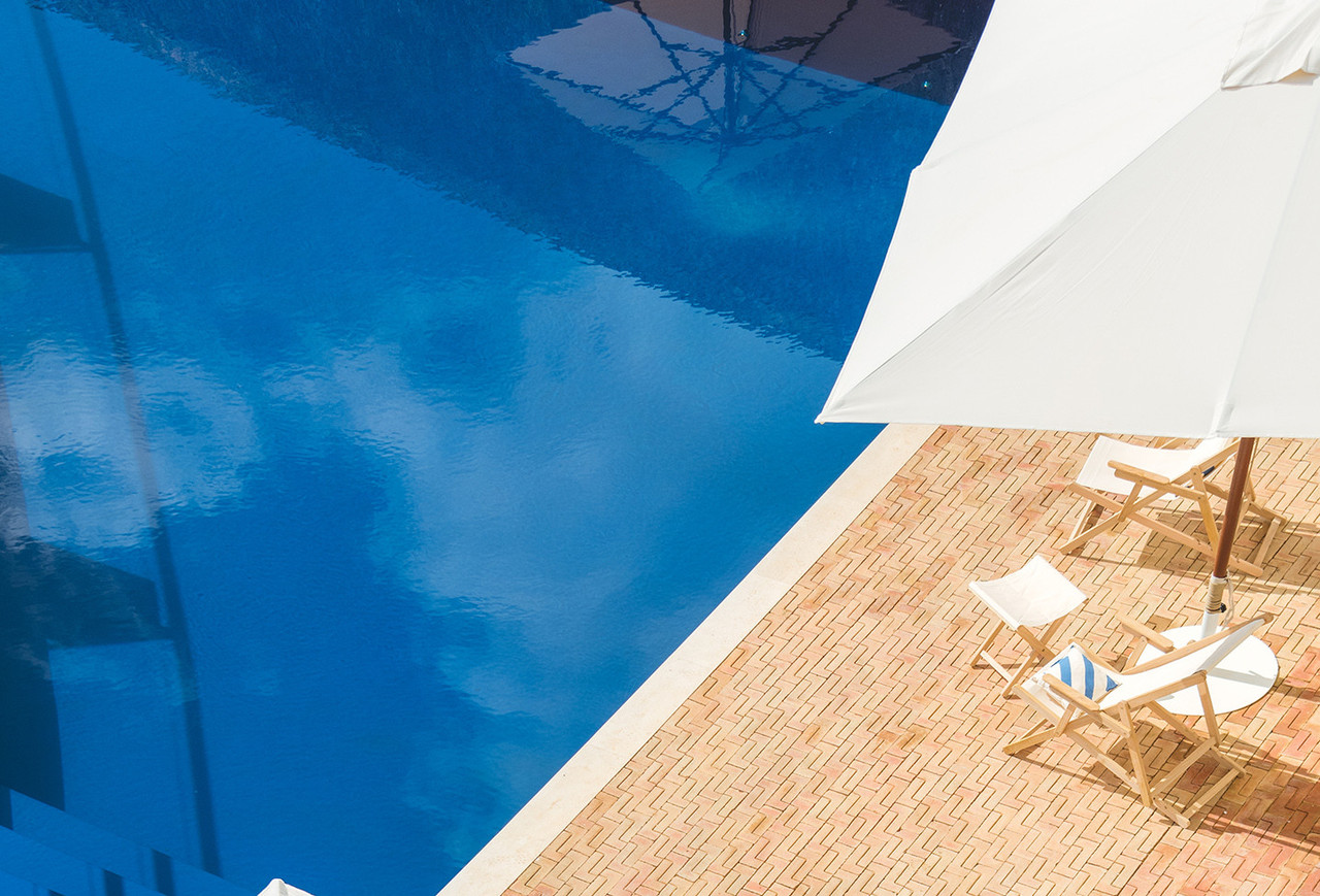 pool details horizontal.jpg