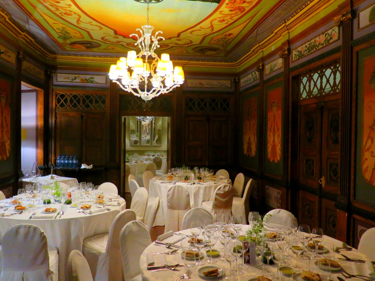 A lindíssima sala do restaurante A VISCONDESSA do Palácio da Lousã