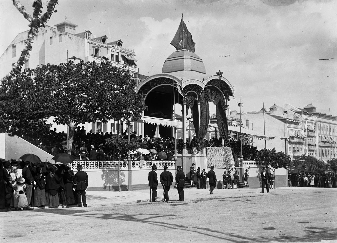 Pavilhão da Avenida, 1898, foto de Leilão Soares