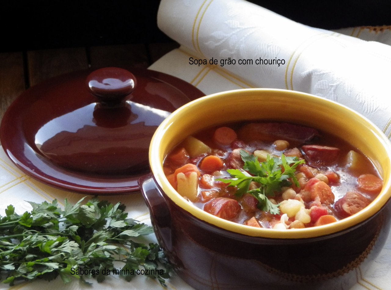 IMGP8371-Sopa de grão com chouriço-Blog.JPG