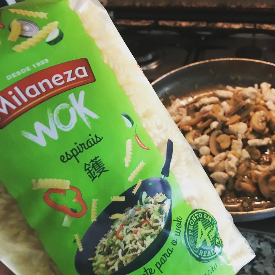 RECEITAS DA HORTELÃ | massas Milaneza wok espirais