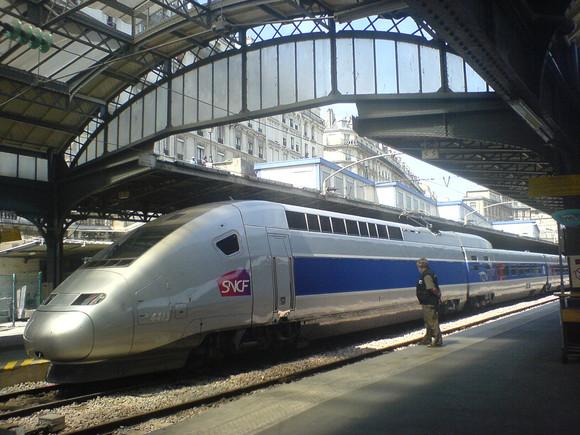 975900097_f7bcd83ee7_b_Paris_gare_de_l'Est_TGV