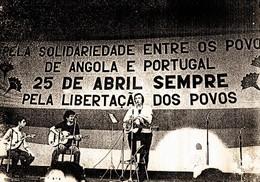 Adriano Correia de Oliveira15