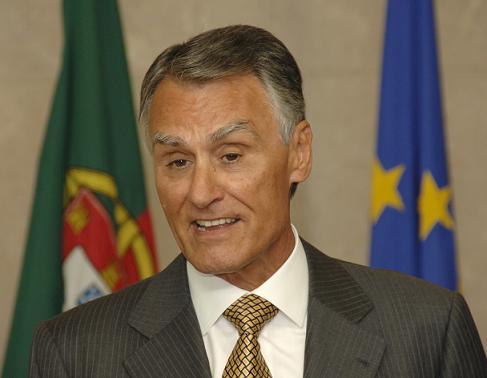 Cavaco Silva recanditatou-se à presidência da República...