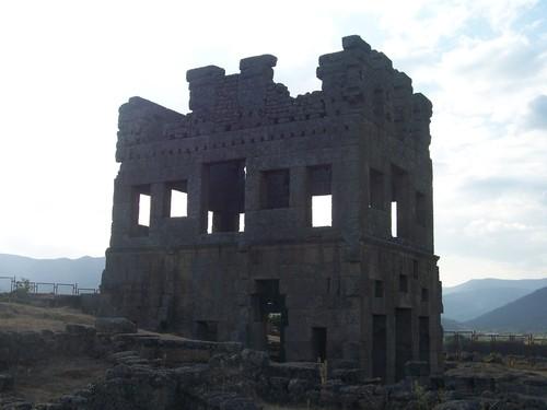 TORRE DE CENTUM-CELLAS