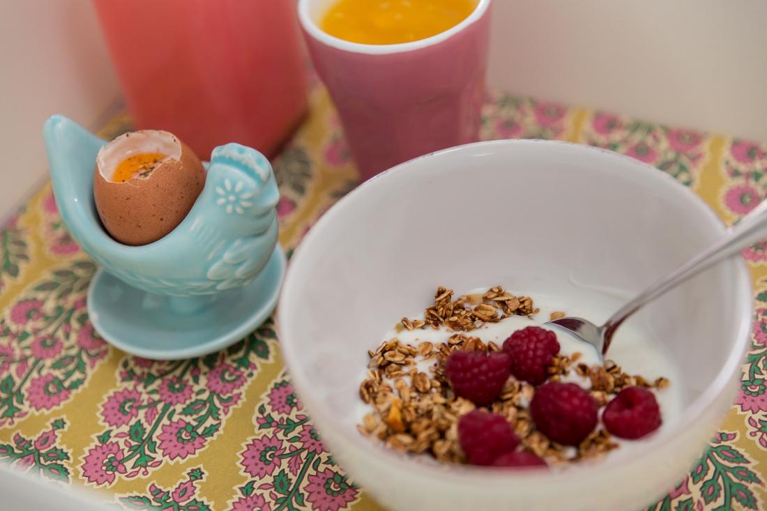 Mundo de Sofia - sugestão de pequeno almoço para o dia da Mãe com tabuleiro da Cartune